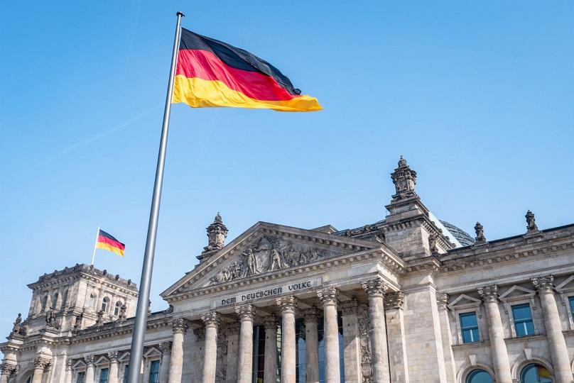 ألمانيا تستقبل المسافرين غير الأوروبيين الحاصلين على لقاح كورونا بدءا من 25 يونيو