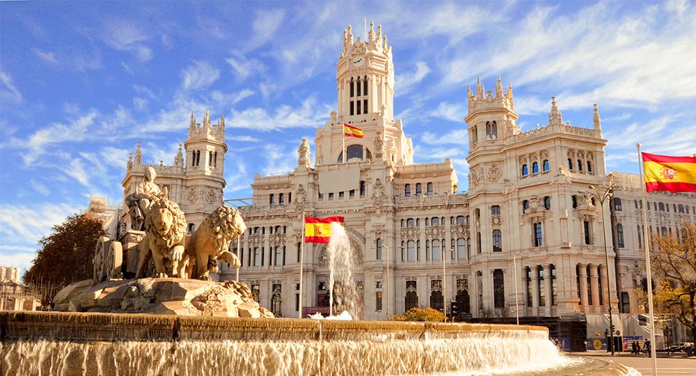 إسبانيا: عدم إلزام معظم السياح الألمان بتقديم شهادة خلوهم من كورونا بدءا من 21 يونيو