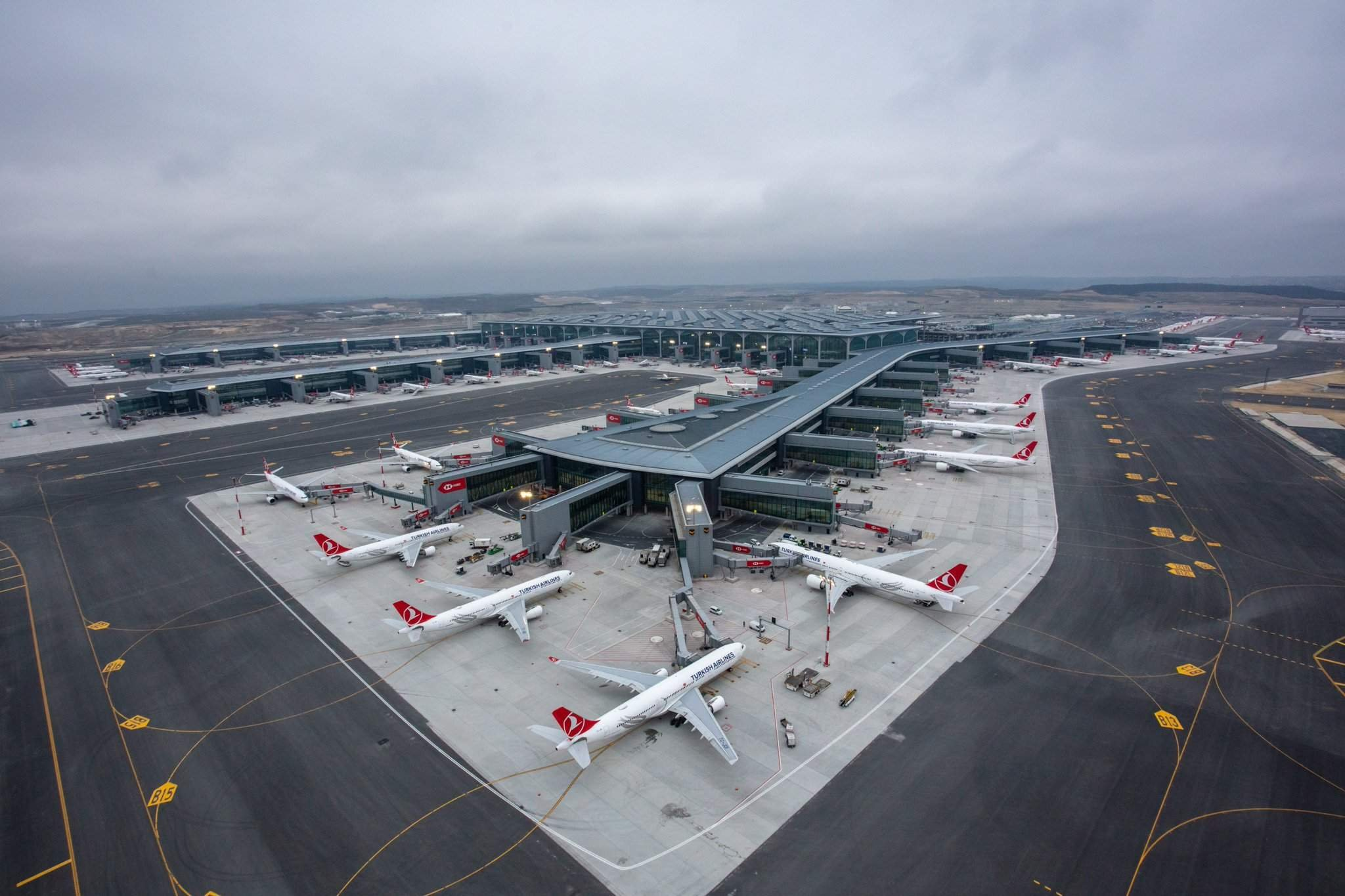 شروط إلغاء أو تأجيل السفر في 20 شركة طيران حول العالم - ترافل يلا